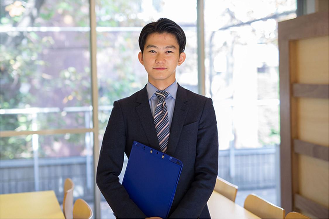 社員インタビュー ダイレクトマーケティングゼロ 廣田耕望 写真